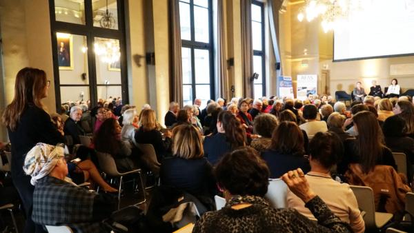 """Colloque """"Regards de femmes sur la science, l'innovation et l'industrie"""" (25 mars 2019)"""